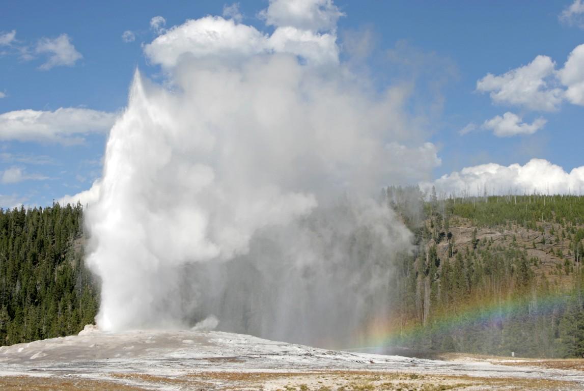 old_faithful_rainbow