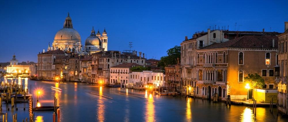 Venice_eye