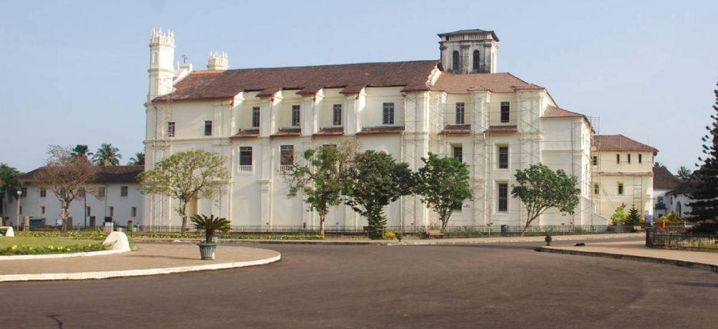 アッシジ聖フランシス修道院教会