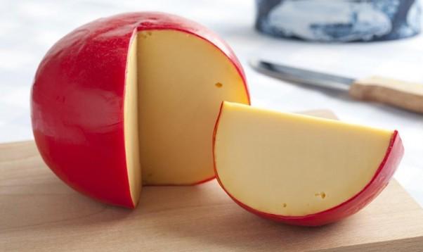 エダムチーズ(赤玉チーズ)