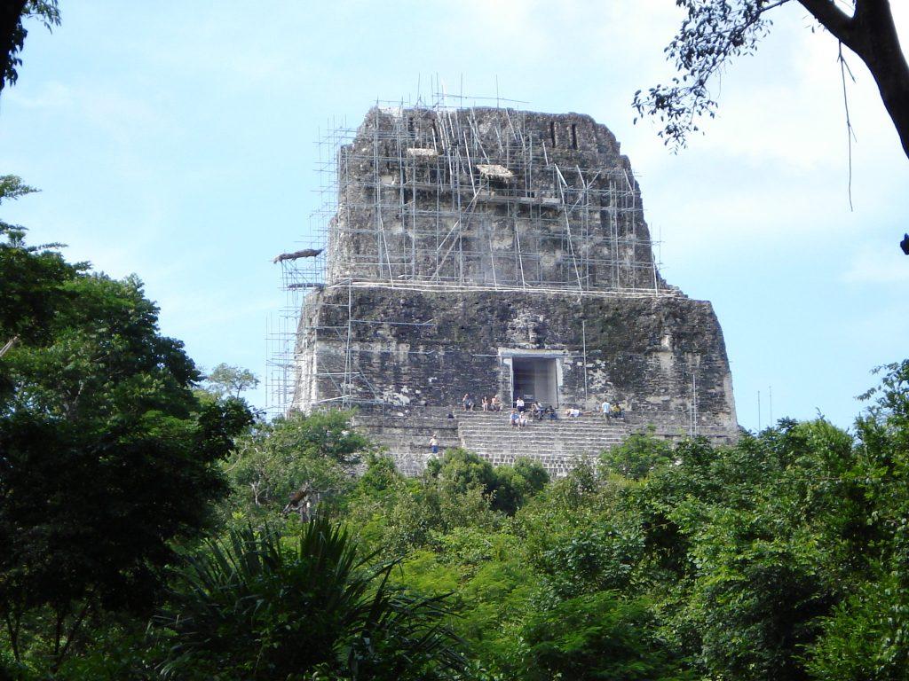 tikal temple4
