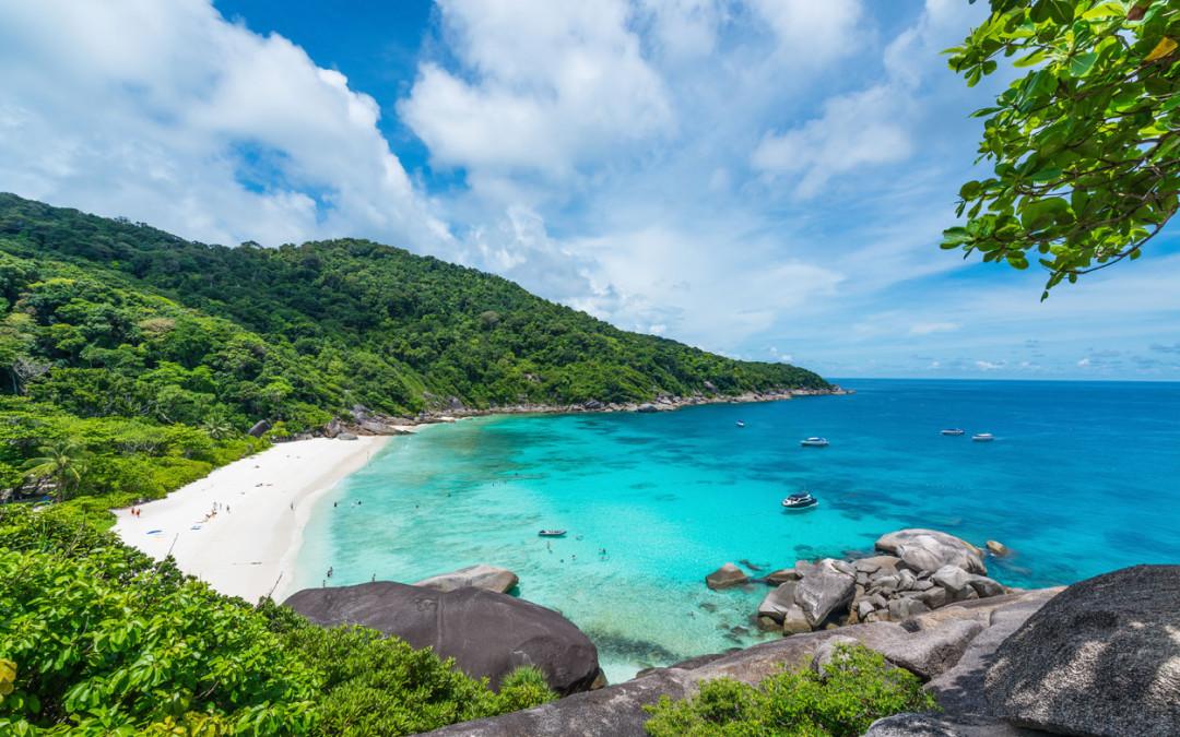 旅行のプロが選ぶ世界のビーチリ...