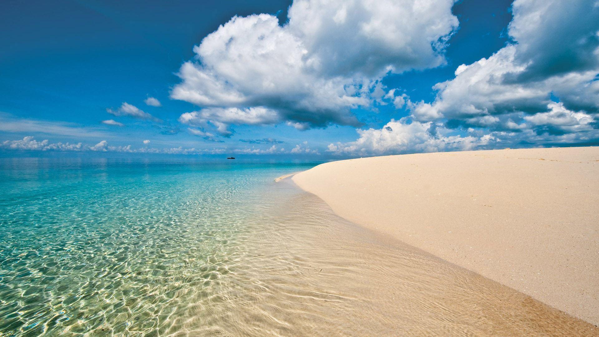 ザンジバル島 ヌングイビーチ