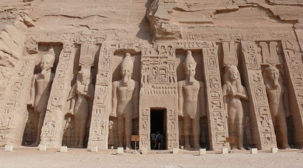 abusimbel3