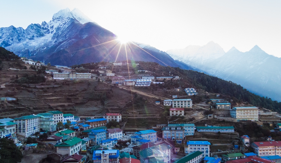 namche_night