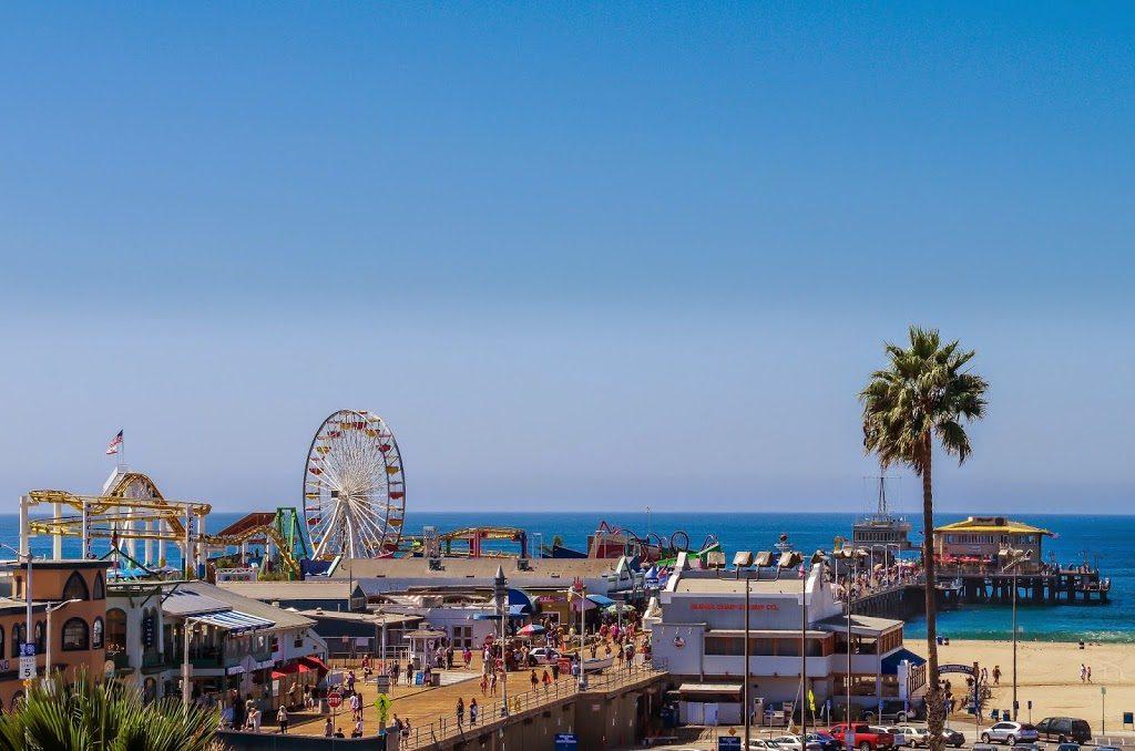 ロサンゼルスの西側にあるサンタモニカ(カリフォルニア)