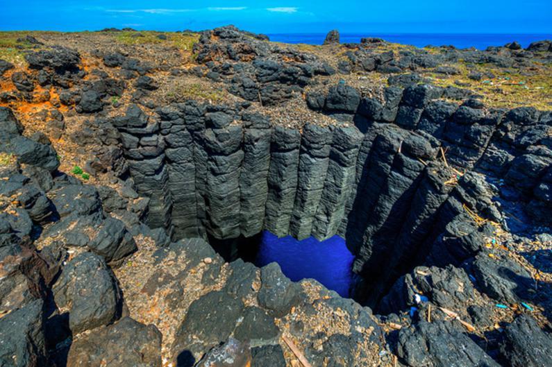 台湾の青の洞窟3