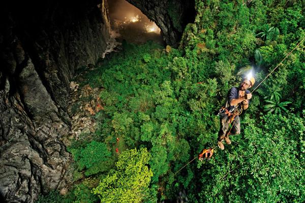 96ベトナムの世界最大を誇る未知なる洞窟『ソンドン洞』