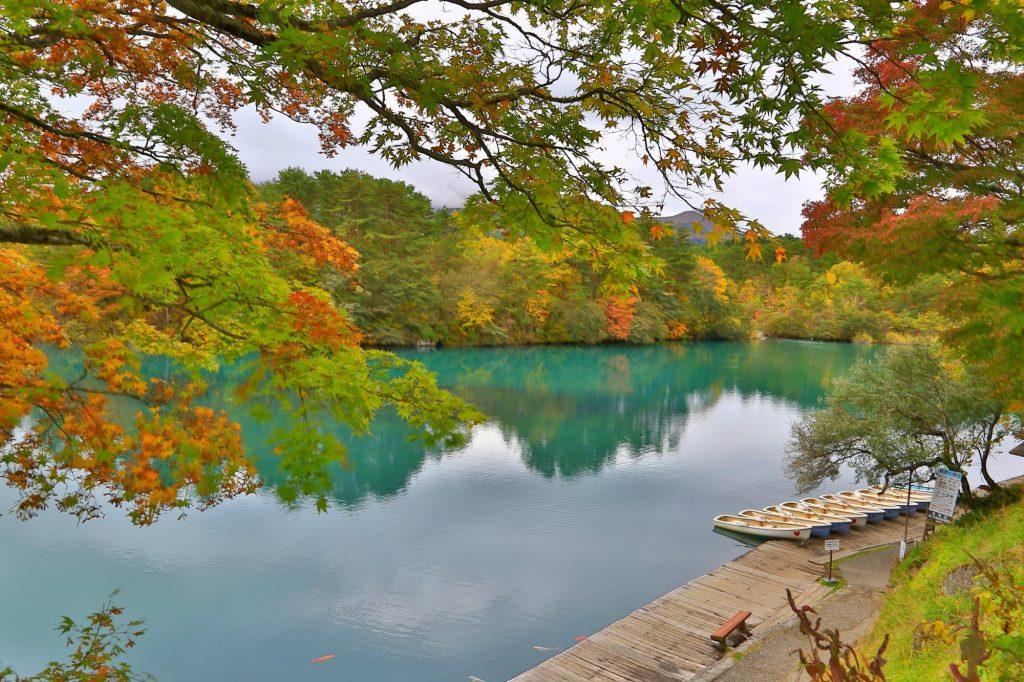 goshikinuma-lake