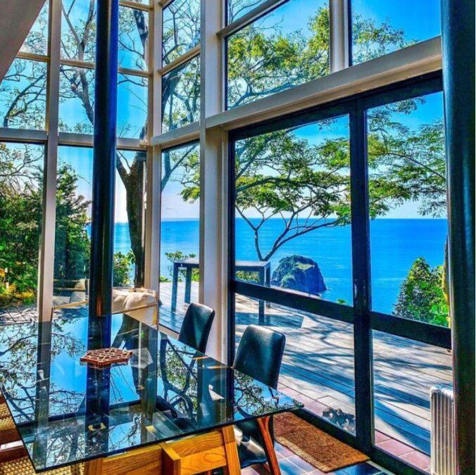 Izu Cliff House