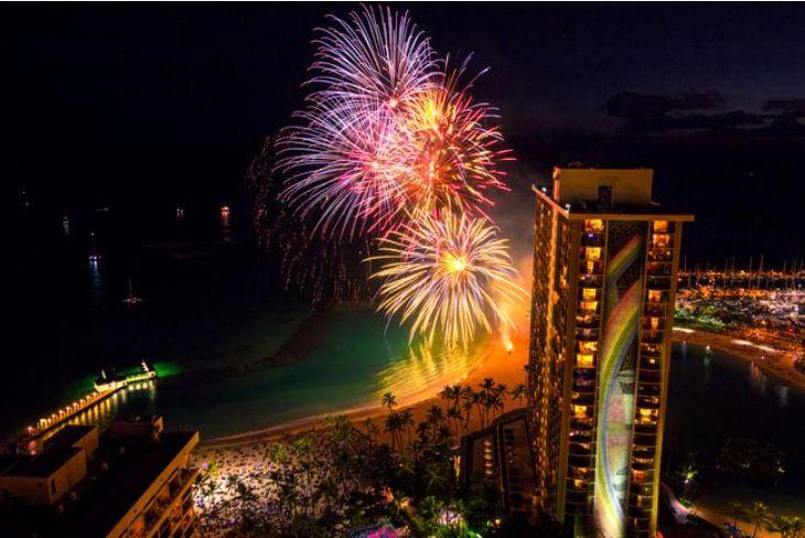 ハワイ ヒルトン・ハワイアンビレッジの花火